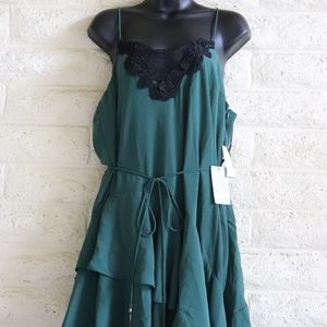 cooper st Dresses - Cooper St | lace tiered forest green dress NWT